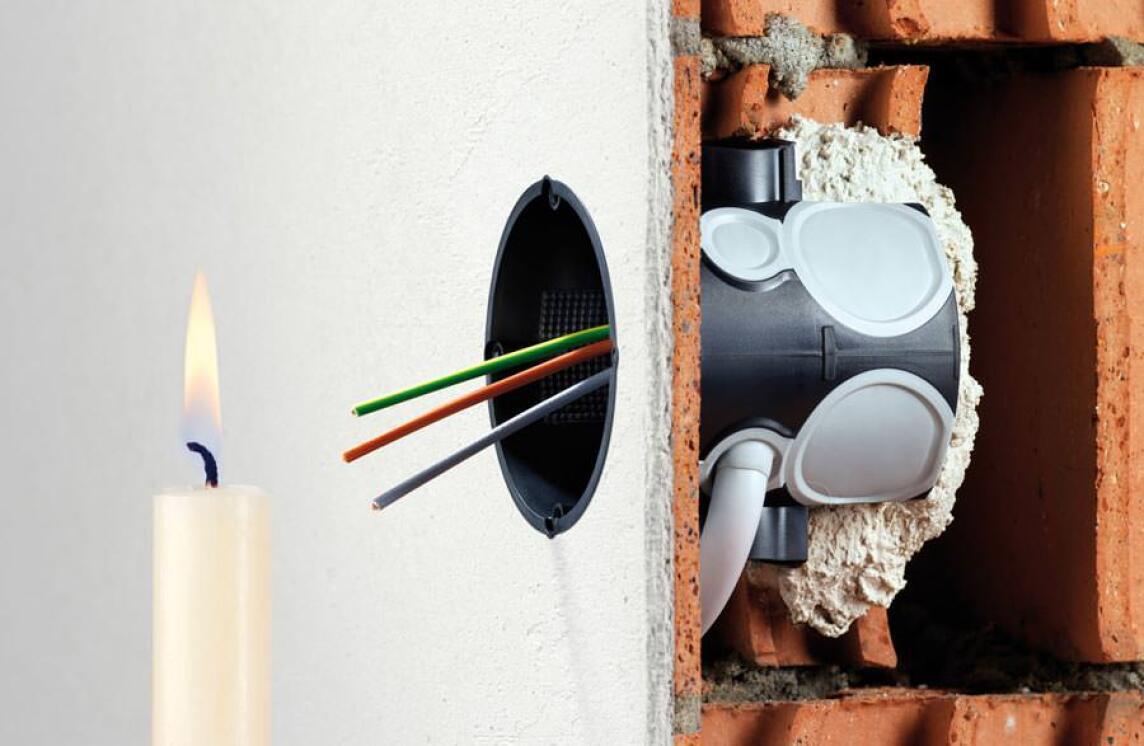 Elektroinstallation als Einfallstor für Zugluft und Schimmel vermeiden