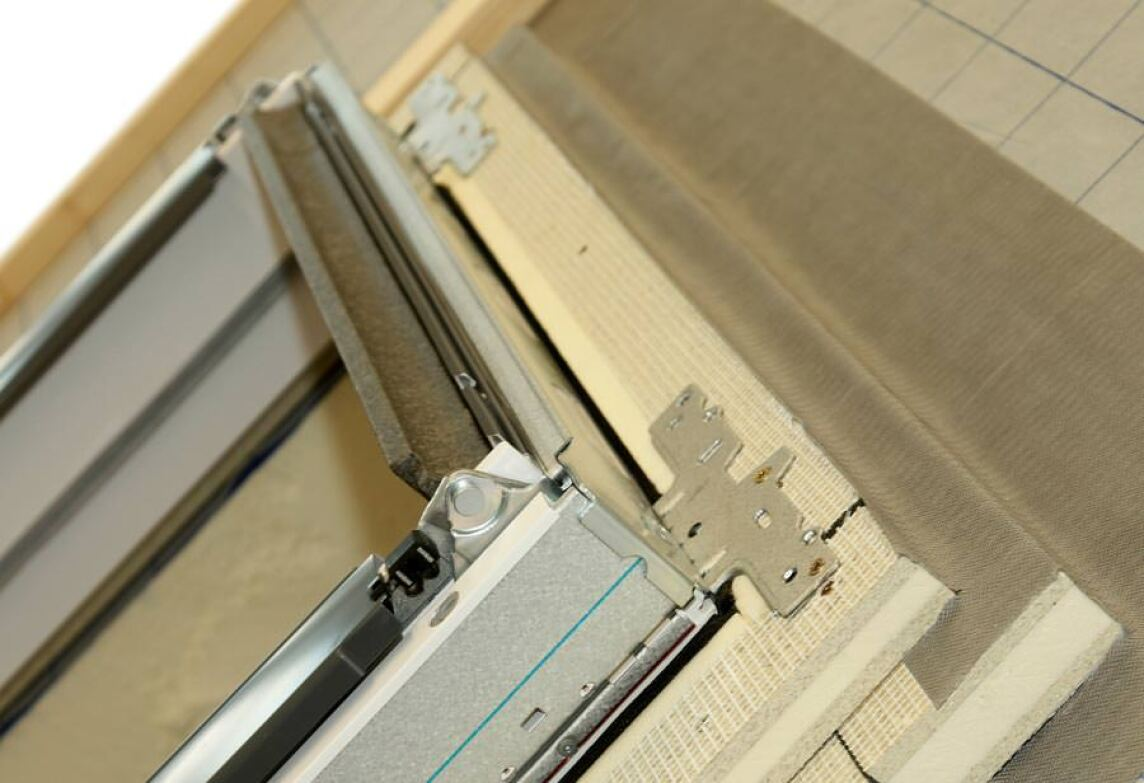 neue puren dämmzarge optimiert wärmeschutz rund um dachfenster