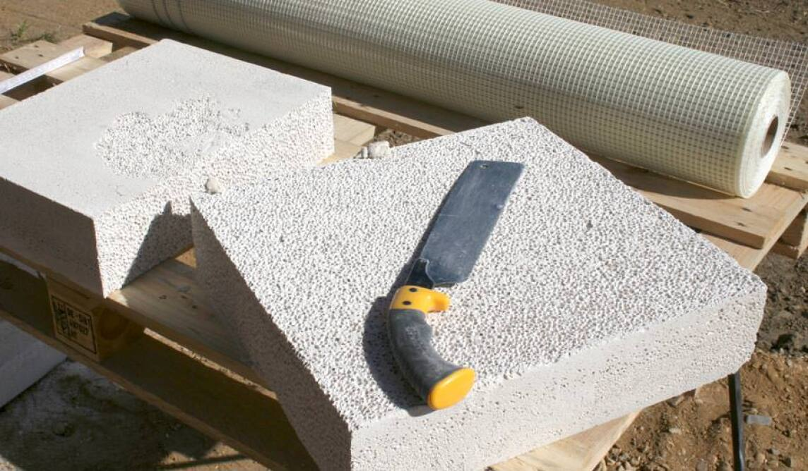liquid pore mineralschaum f r die innen keller dach und fassadend mmung. Black Bedroom Furniture Sets. Home Design Ideas