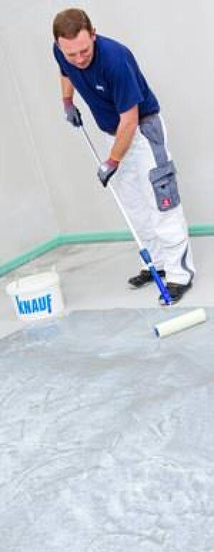 Knauf Schnellgrund für Calciumsulfatestrich, Gussasphalt, normal und stark verdichtetem Zementestrich, Zementplatten oder Spanplatten V100