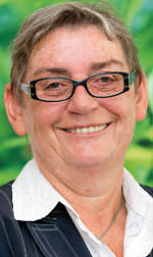 Carmen Hock-Heyl. Gründerin und Geschäftsführerin der Firma Hock: Dämmmatten für den Hausbau aus dem Öko-Rohstoff Hanf