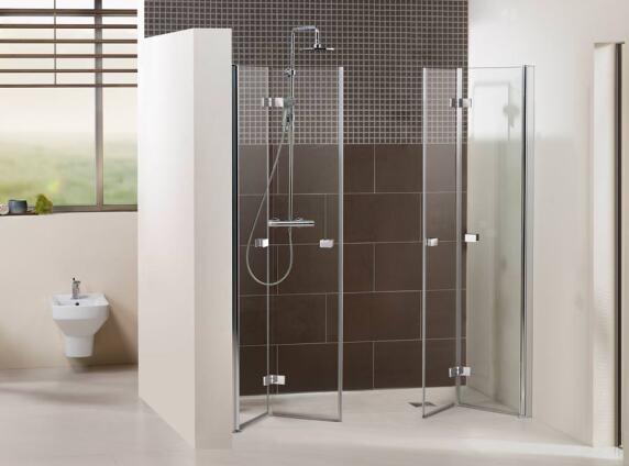 Dusche Zum Wegklappen : Zugang zur Dusche und bieten dem Nutzer mehr Bewegungsfreiheit im Bad