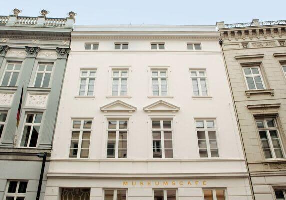 3.Preis: von einer Bauherrengruppe saniertes Schulhaus in Lübeck