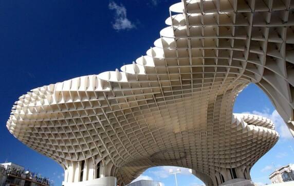Metropol Parasol in Sevilla von J. Mayer H. (© Richard Arculus)