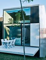 Haus mit Polycarbonat-Außenwänden