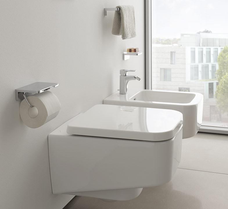kompakt wc barrierefrei wc und kubisches wc mit randloser. Black Bedroom Furniture Sets. Home Design Ideas