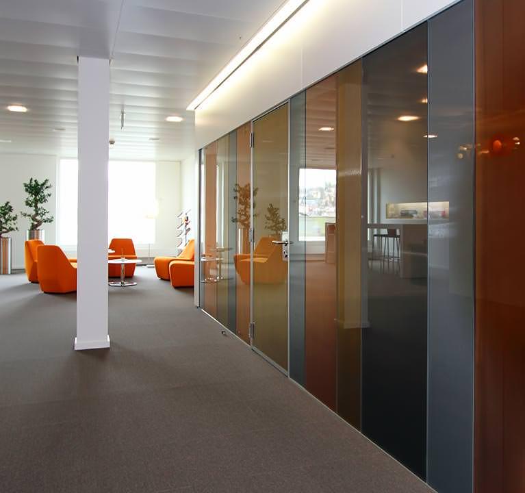 lamex tissue f r das spiel mit licht und farbe verbindet glas tr sch glas mit metall. Black Bedroom Furniture Sets. Home Design Ideas