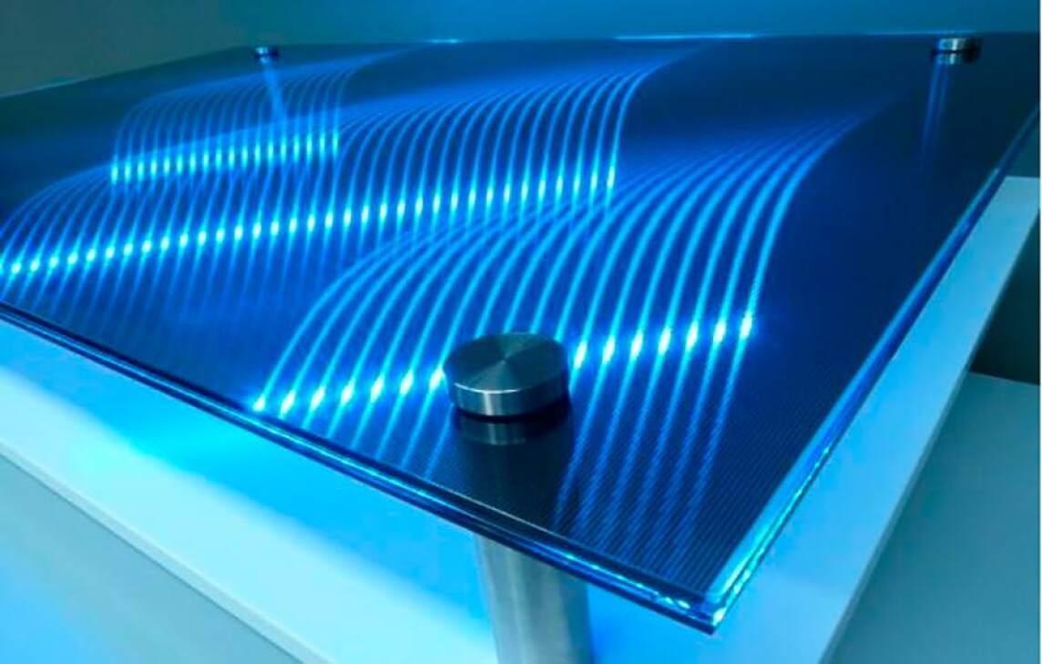 VetroLoom: Leuchtendes Lichtstrukturglas mit auffälligen 3D-Effekten