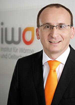 Prof. Christian Küchen, Geschäftsführer des Instituts für Wärme und Oeltechnik (IWO)