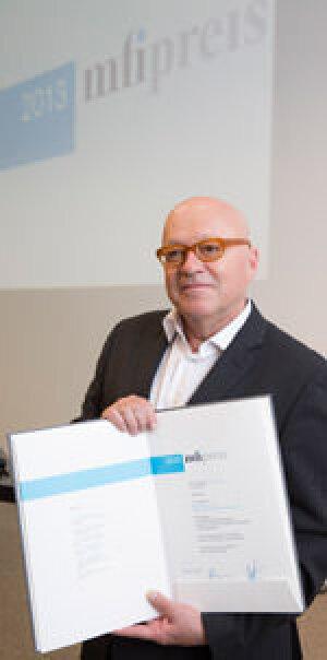 Künstler Olaf Metzel, Preisträger des mfi Preises 2013 für Kunst am Bau