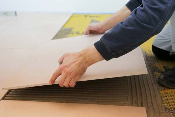 fu bodenheizung mit nur 3 cm aufbauh he indortec therm neu von gutjahr. Black Bedroom Furniture Sets. Home Design Ideas