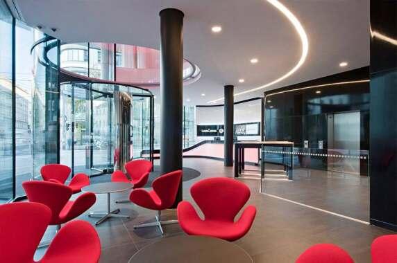 Öffentliche Bereiche/Innenraum: Foyer und Event- Bereich Österreichische Lotterien, Wien (Veech Media Architecture), Foto: Hertha Hurnaus