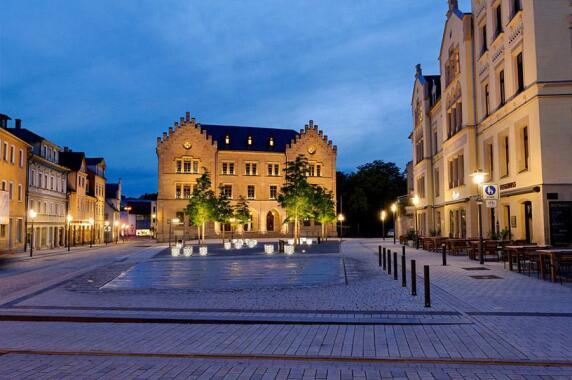Außenbeleuchtung / Öffentliche Bereiche: Albertsplatz, Coburg (LDE Belzner Holmes), Foto: Steffen Bauer