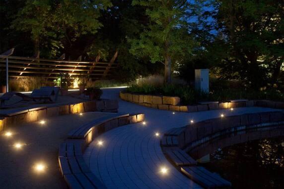 Außenbeleuchtung / Öffentliche Bereiche: IGS / Kurpark Bad Bevensen (Ulrike Brandi Licht GmbH), Foto: Henning Rogge