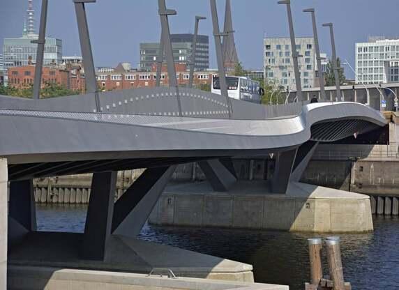 Baakenhafen-Brücke in Hamburg von Wilkinson Eyre Architekten (Foto: RIBA)