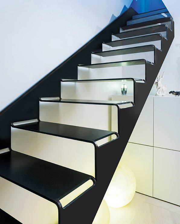 stahl innovationspreis 2015 f r cut it einer aus einer blechtafel geschnittenen treppe. Black Bedroom Furniture Sets. Home Design Ideas
