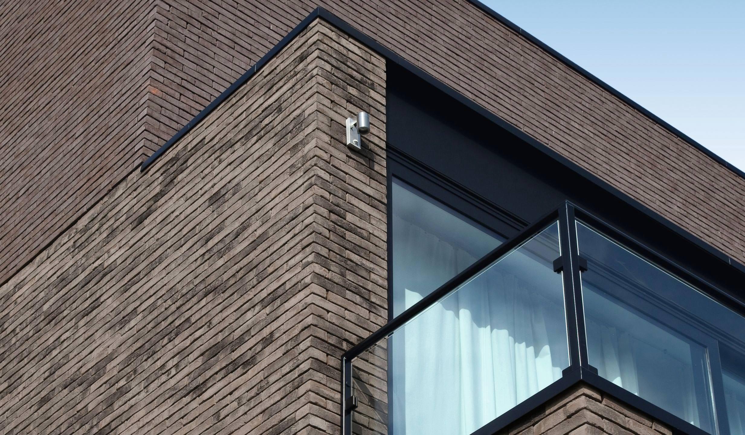 iluzo terca vormauerziegel f r klinkerfassaden mit minimalfuge. Black Bedroom Furniture Sets. Home Design Ideas
