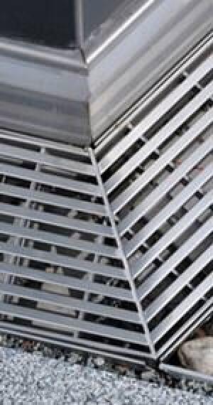 15 Cm Hohe Abdichtung Oder Eine Fassadenentwasserung Bei
