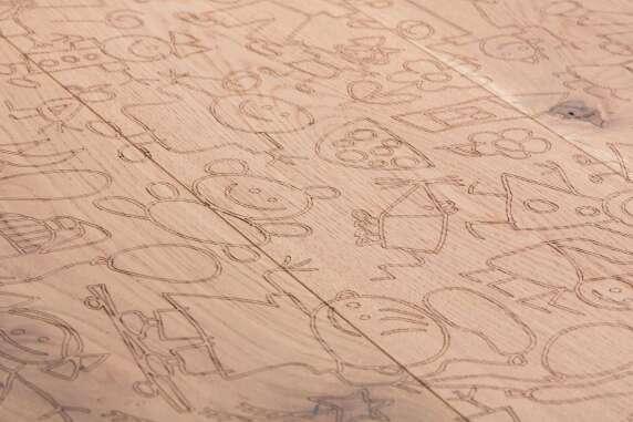 Carving Kids I: Design über 3 Dielen.