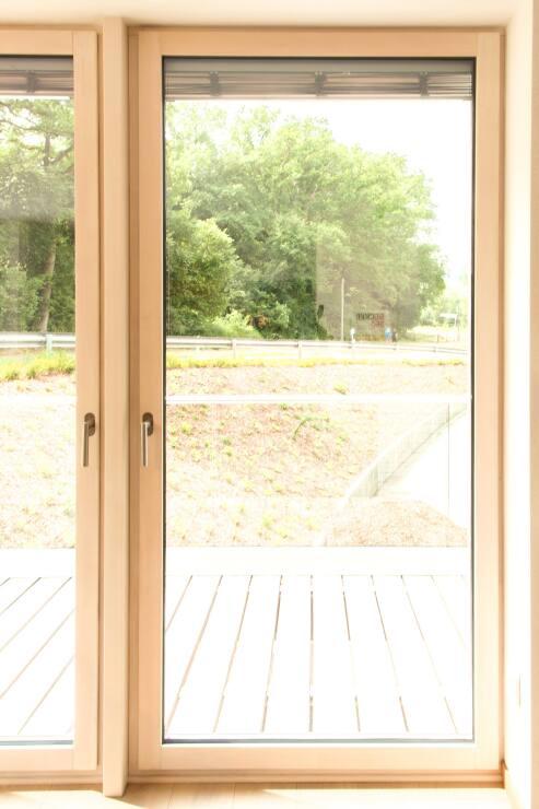 verbundfenster aus holz alu oder holz holz mit. Black Bedroom Furniture Sets. Home Design Ideas