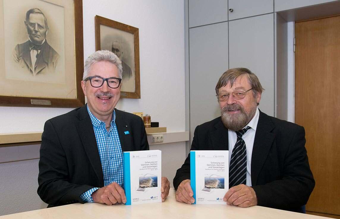 Prof. Dr. Jürgen Jensen und Prof. Dr. Richard Herrmann