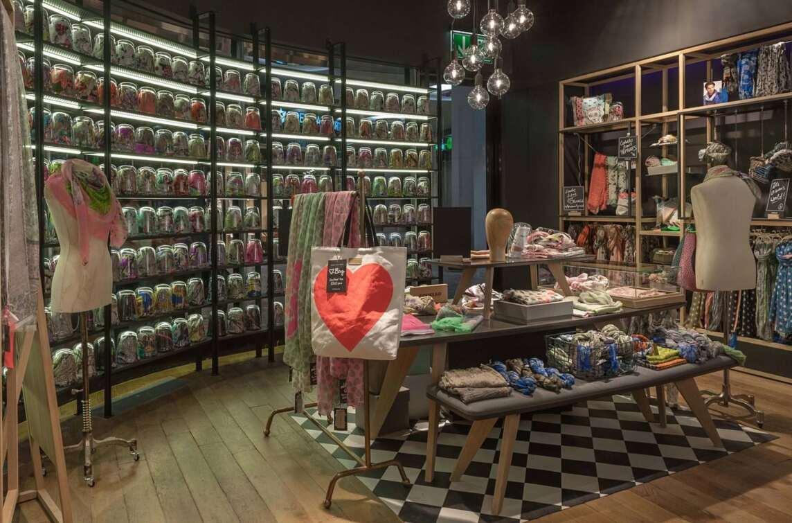 Codello, Shop-in-Shop München | Buero Philipp Moeller | Foto: Deniz Kalkava