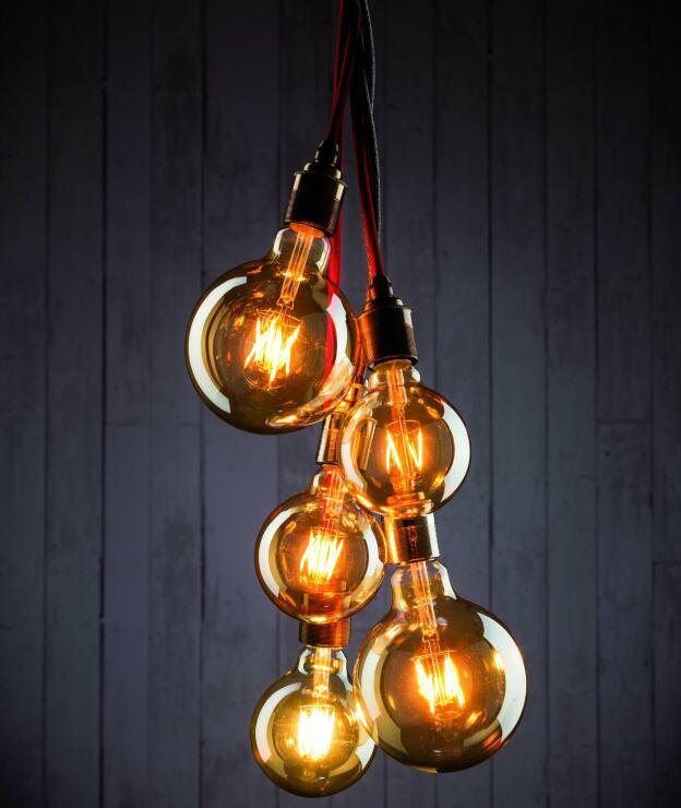 Vollglas Led Lampen Im Retro Look Dank Led Filamenten