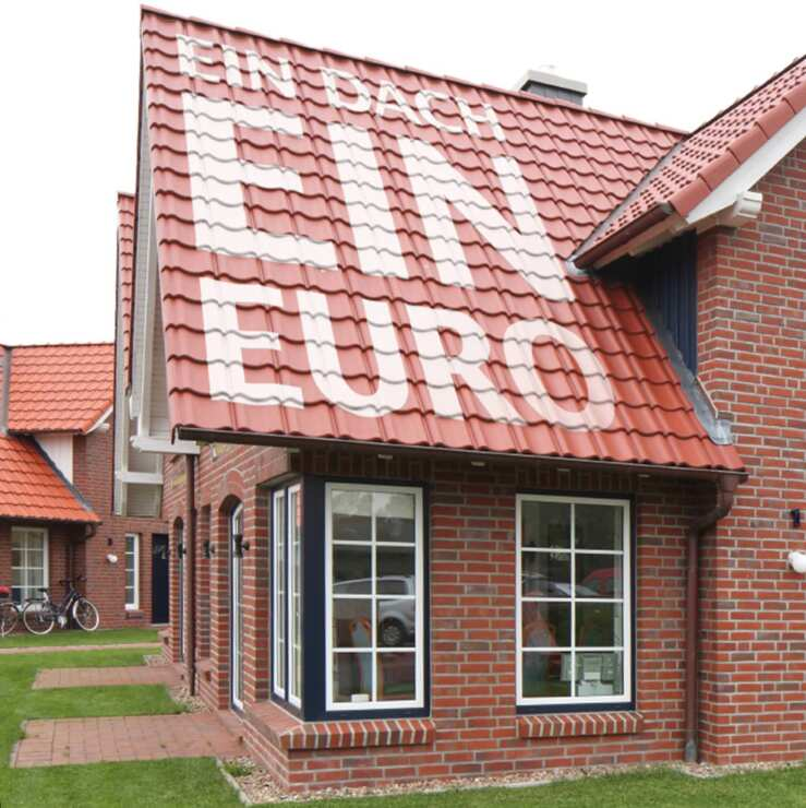 einmalige aktion von creaton ein dach f r einen euro. Black Bedroom Furniture Sets. Home Design Ideas