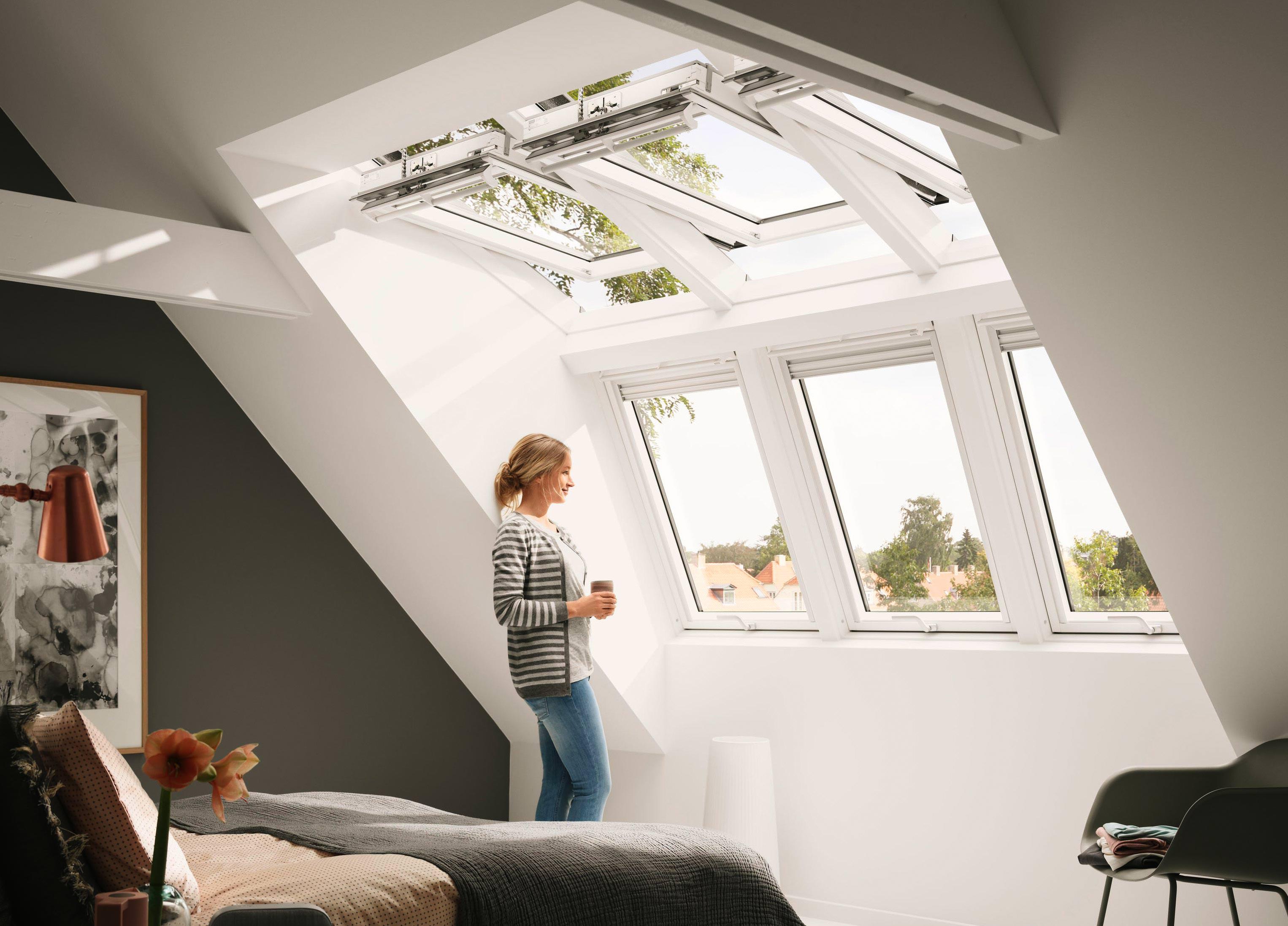 tageslicht und kopffreiheit velux macht mit panorama und raum gauben konkurrenz. Black Bedroom Furniture Sets. Home Design Ideas