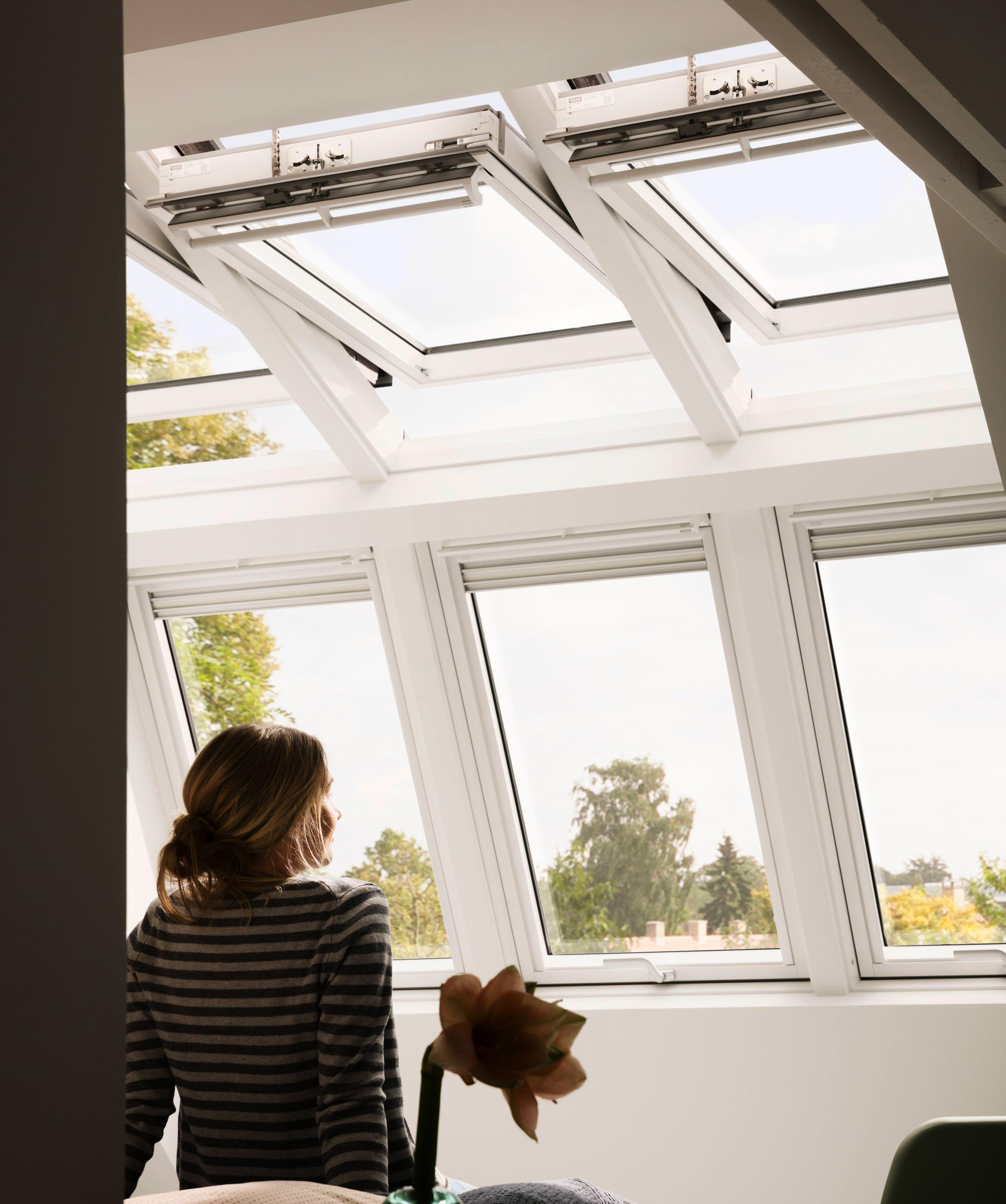 dachfenster 114x118 good dachfenster fakro ftpv u x sk. Black Bedroom Furniture Sets. Home Design Ideas