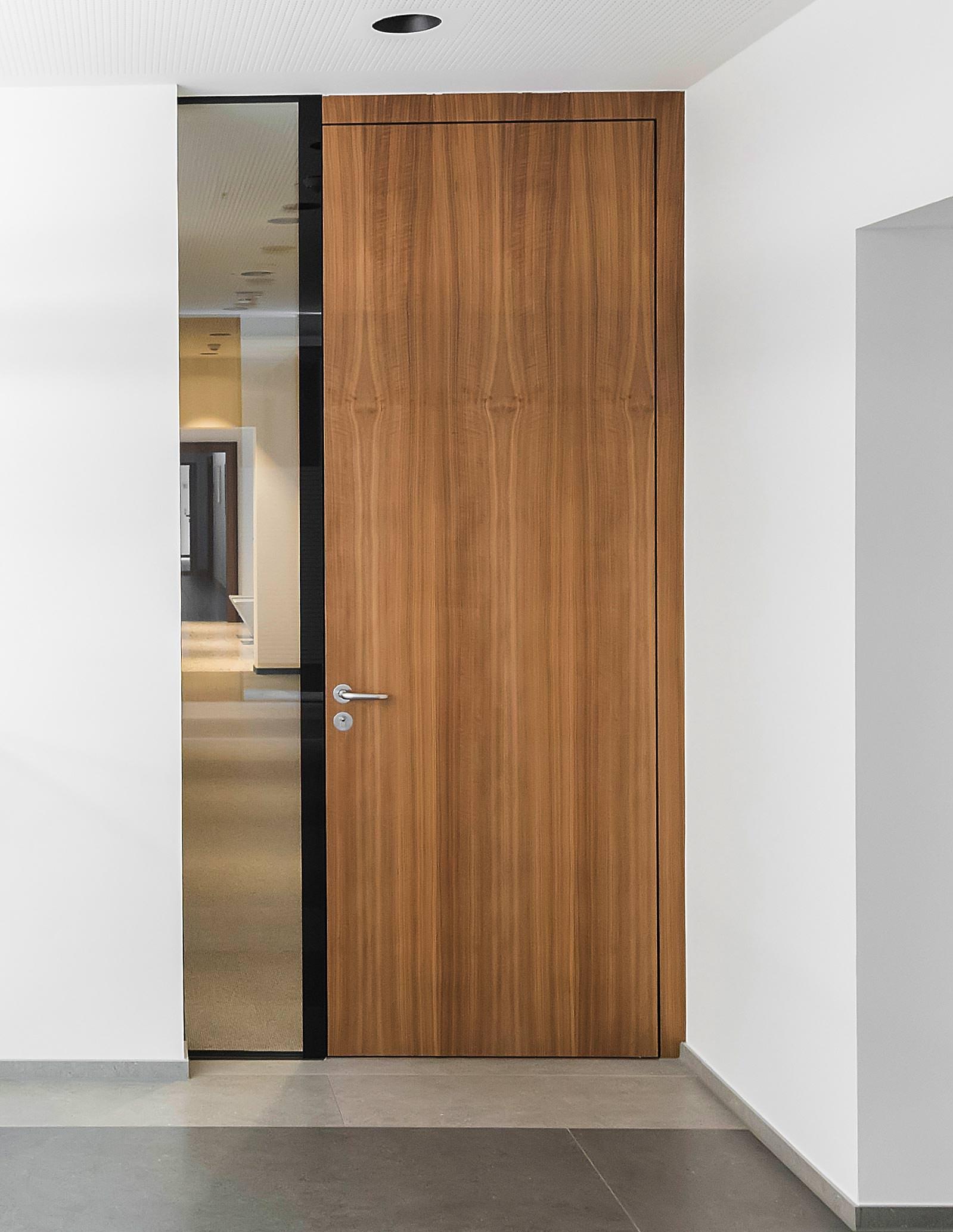hoba frameless jetzt als brandschutzt r zugelassen zargenlose t r. Black Bedroom Furniture Sets. Home Design Ideas
