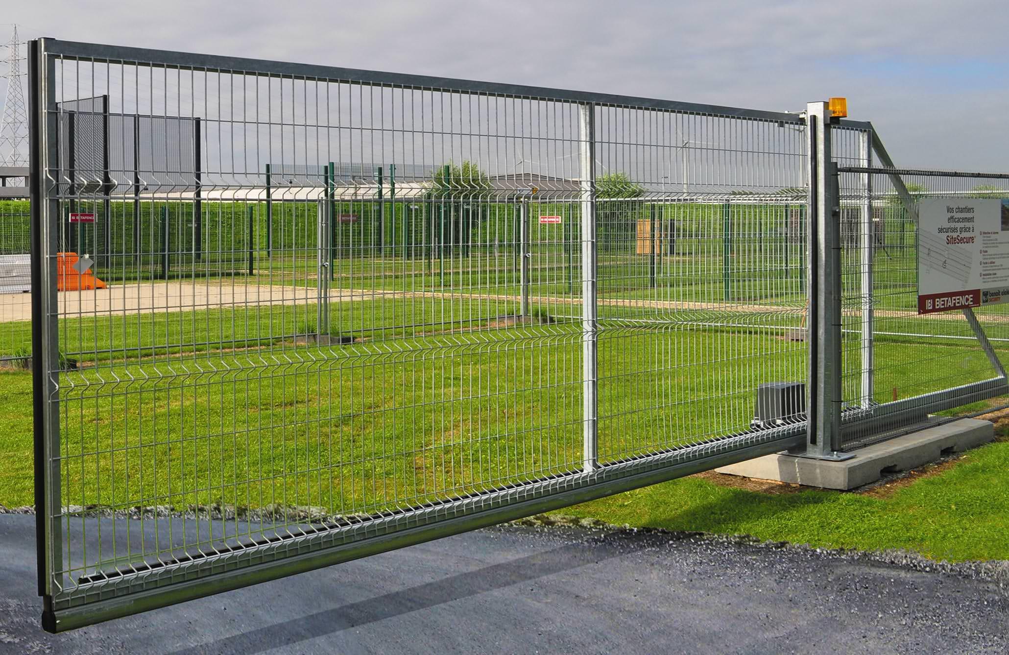 Mobiles schiebetor mit 4 60 m durchfahrtbreite f r z b for Schiebetor scheune selber bauen