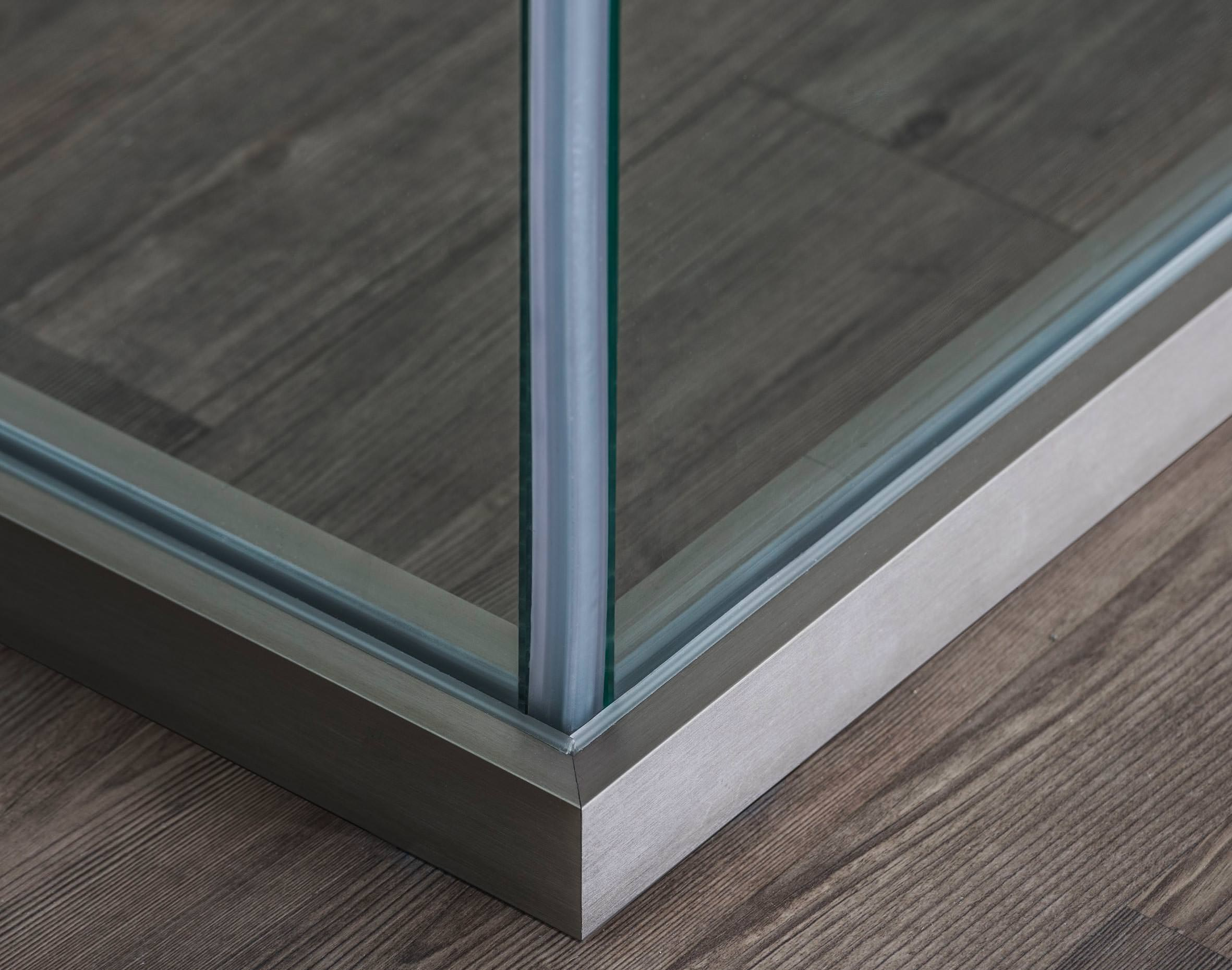 CLIP-IN: Schallschützendes Trennwandsystem mit enorm hohem Glasanteil