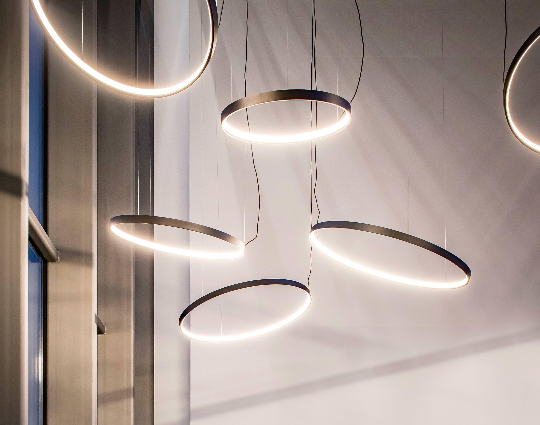 superloop von delta light f r die akzent und. Black Bedroom Furniture Sets. Home Design Ideas