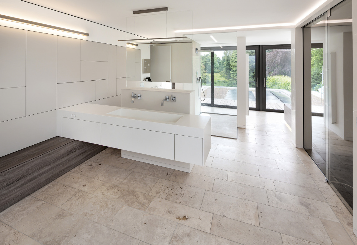 weber reagiert mit neuen fliesenverlegeprodukten auf aktuelle trends im badezimmer. Black Bedroom Furniture Sets. Home Design Ideas