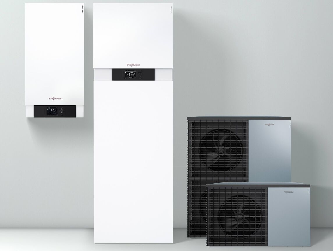Die neuen Viessmann Luft/Wasser-Split-Wärmepumpen Vitocal 200-S (links) und Vitocal 222-S sind die mit Abstand leisesten Geräte ihrer Bauart.