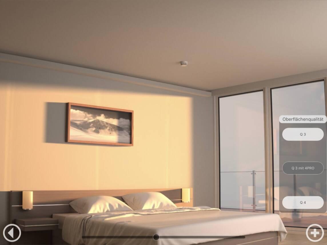 Achten Sie auch auf die Wand am Kopfende des Bettes, wie sich die Plattensöße SCHWACH abbilden!