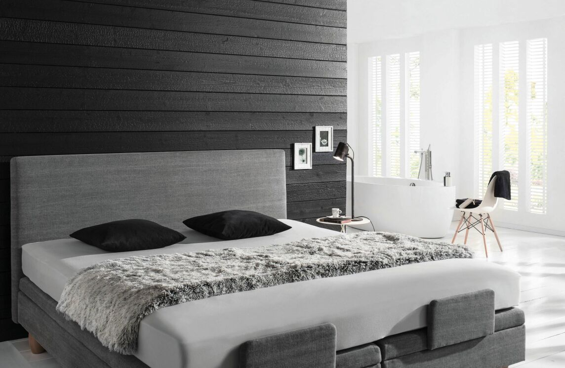 karbonisiertes verkohltes holz f r innen und au en neu von mocopinus. Black Bedroom Furniture Sets. Home Design Ideas