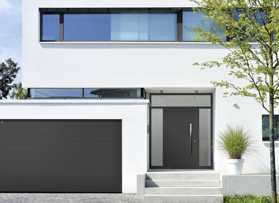 aluminium haust ren von h rmann serienm ig mit rc 3 und 10 jahre sicherheitsversprechen. Black Bedroom Furniture Sets. Home Design Ideas