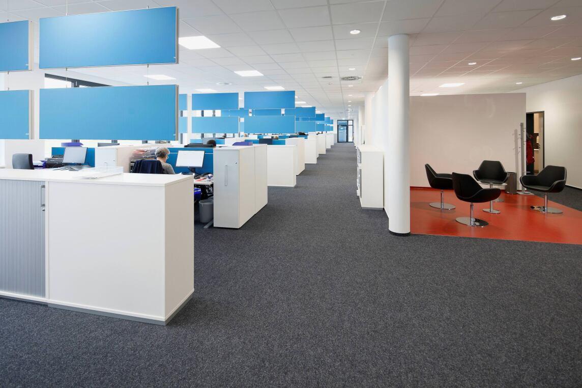 Bild 2/9 Büro-/Mitarbeiterbereich