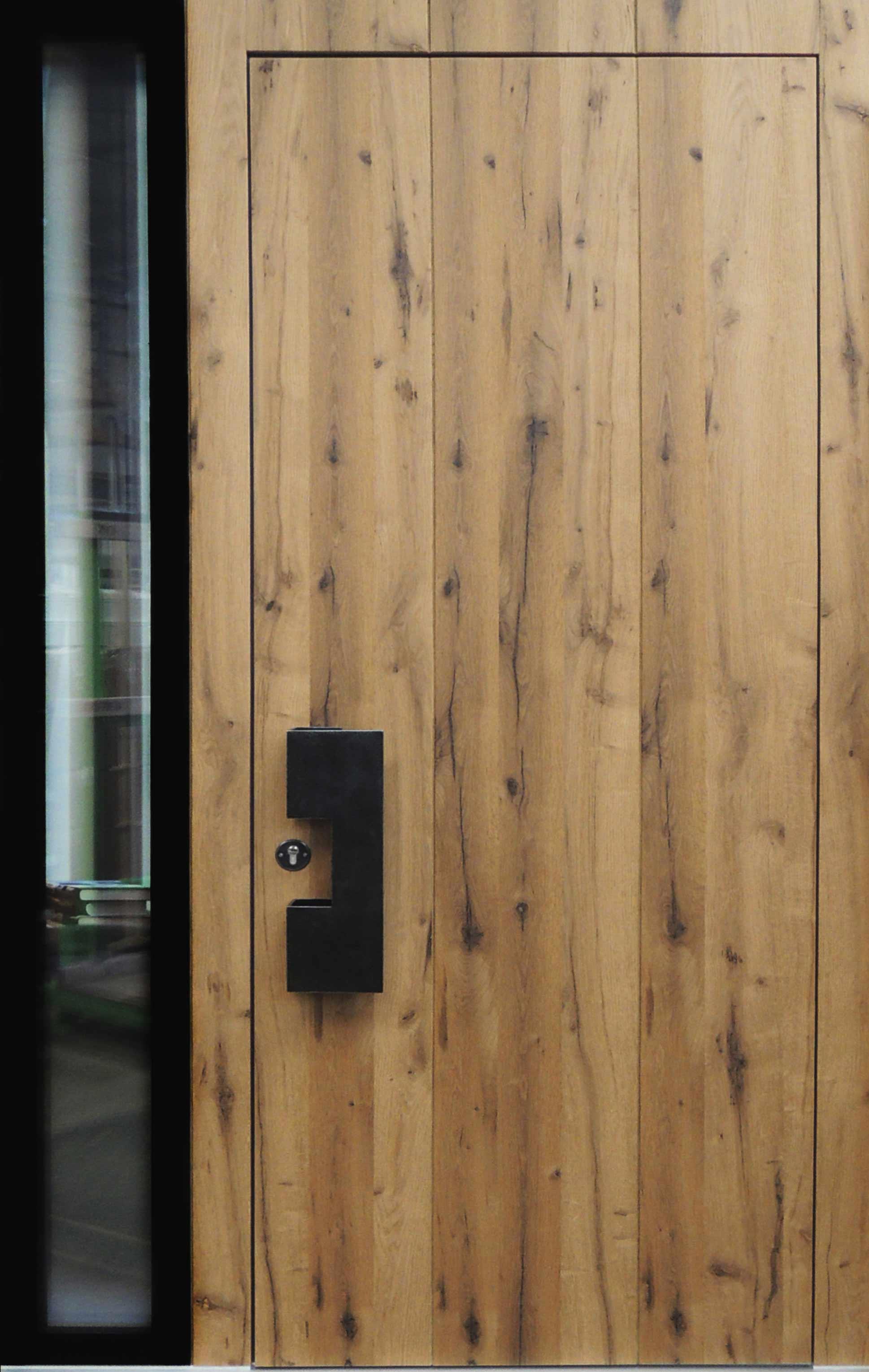 holz- und aluminium-holz-haustüren mit u.a. altholz- und fasseiche