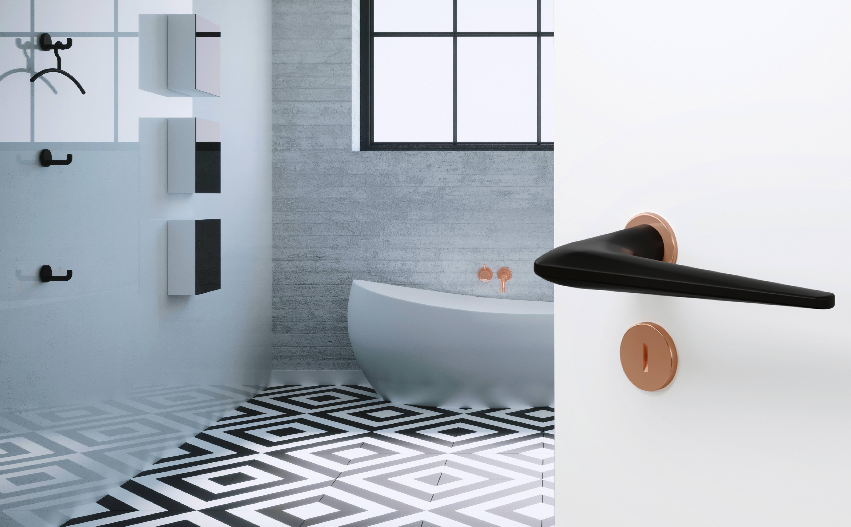 """Zweifarbige Türdrücker mit matten Oberflächen und reduziertem """"mini ..."""