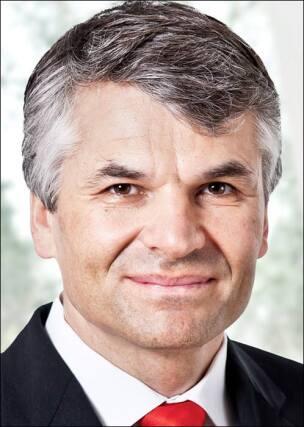 Dr. Sebastian Dresse