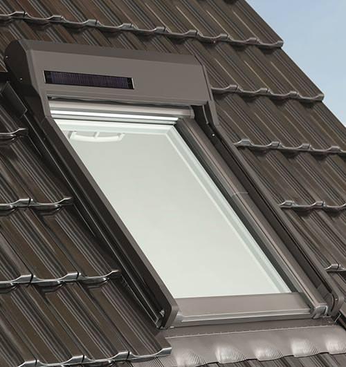otoQ Außenrollladen mit Solarzelle