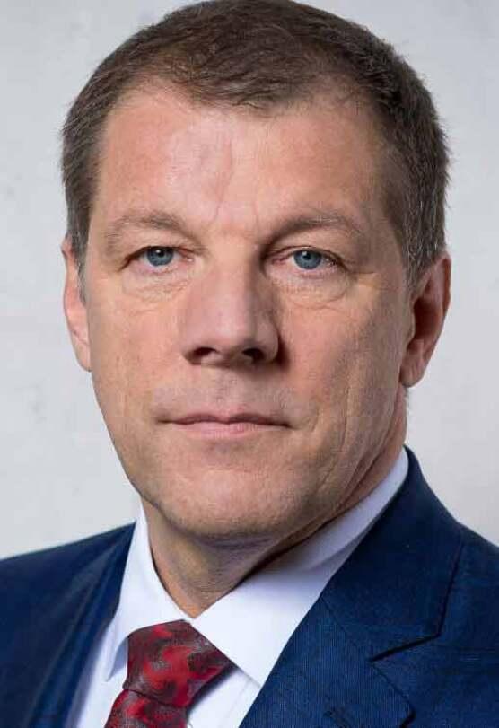Dr. Carsten Voigtländer