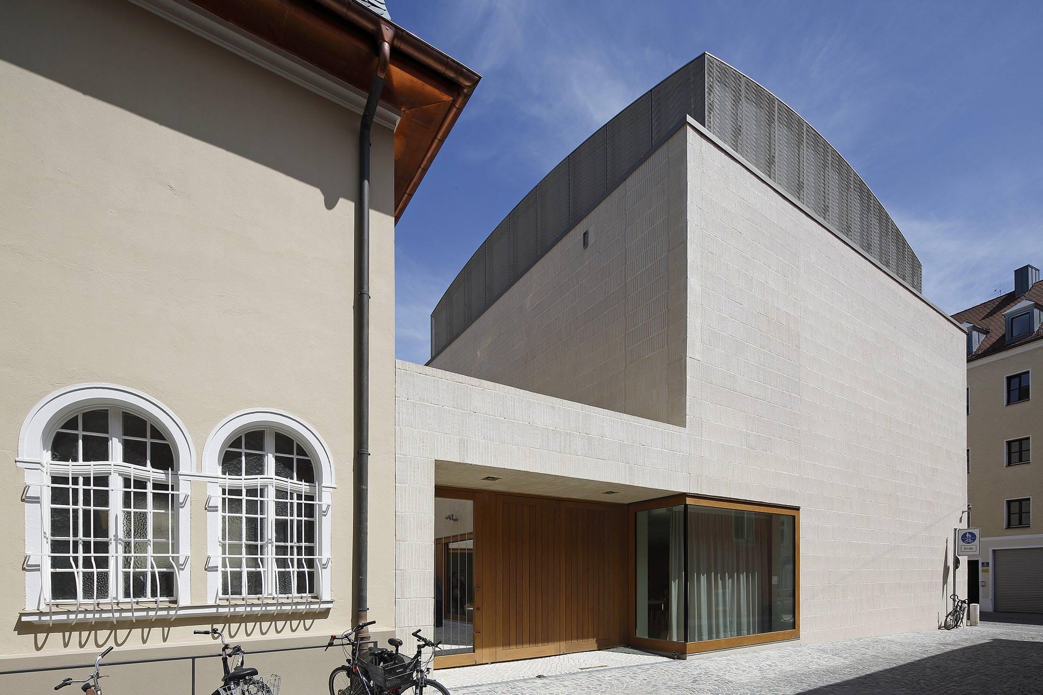 Neue Synagoge In Regensburg Mit Einer