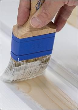 Sikkens' neue Qualität beim deckenden Holzschutz: Cetol Wetterschutzfarbe Extra
