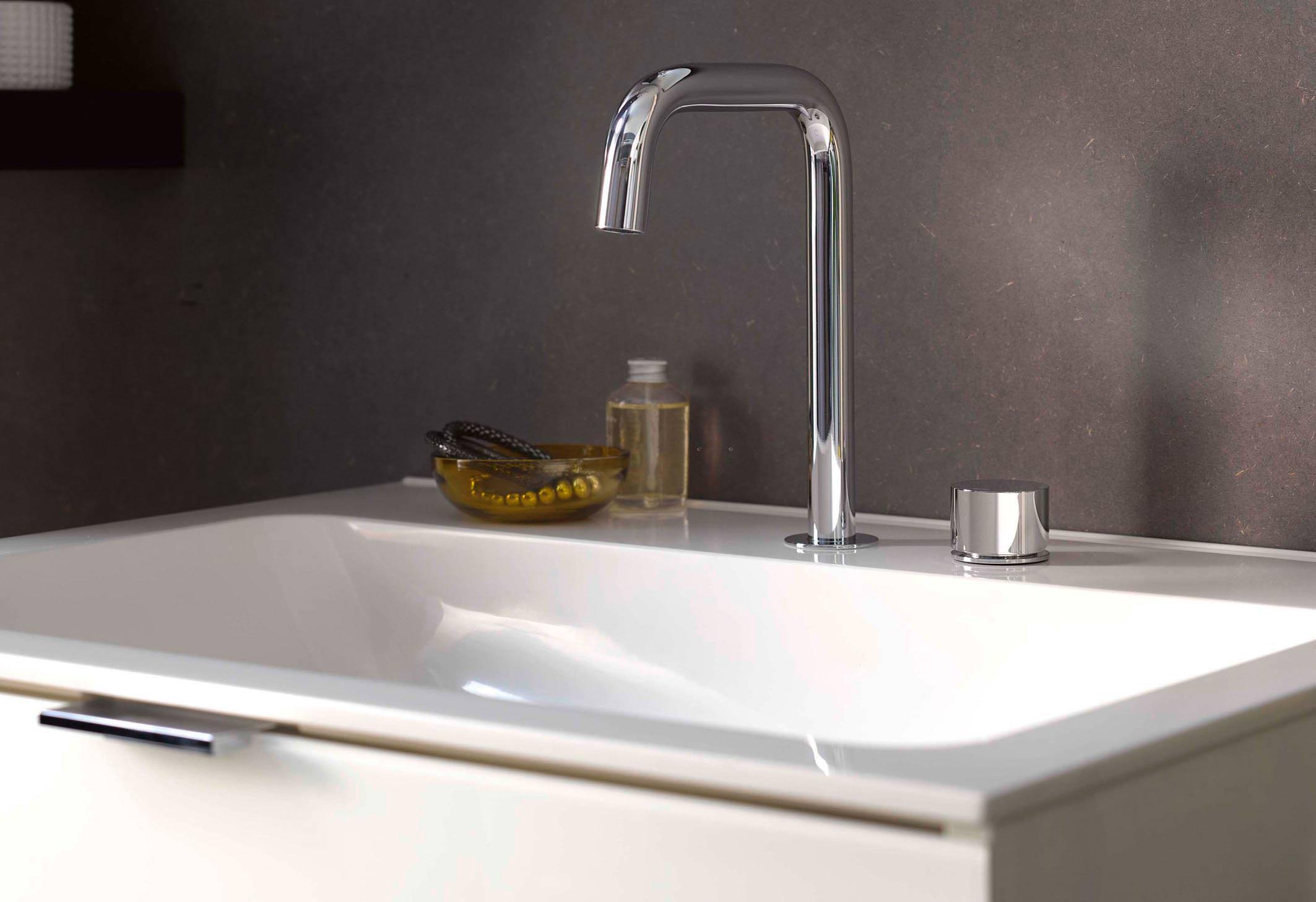 Neues Waschtischprogramm von Emco Bad mit klarer, eleganter