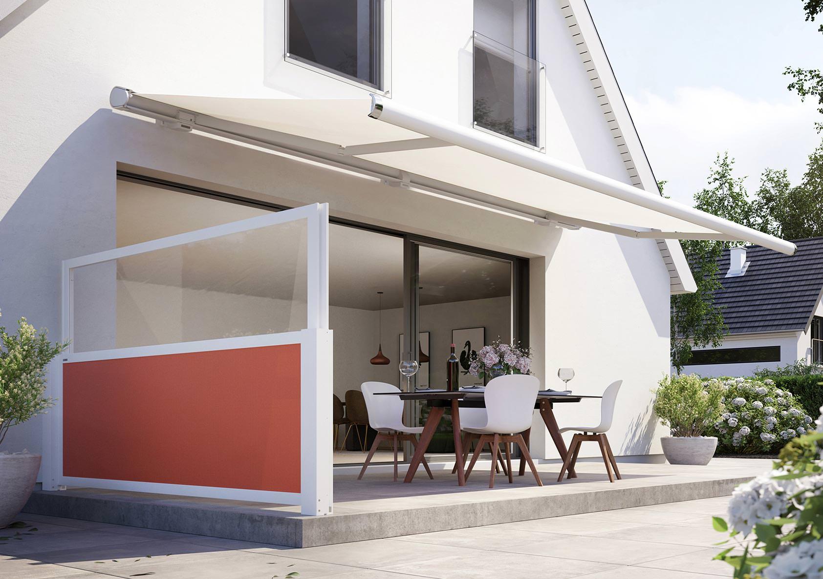 Vertikal verschiebbarer Sicht  und Windschutz für Terrassen und ...